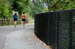 Läufer auf Sammamish-Spur Stockfotos