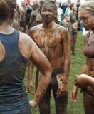 Läufer nach dem Schlamm-Rennen Lizenzfreies Stockfoto