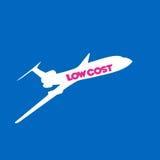 låg fluga för flygbolagbakgrundskostnad Arkivfoto
