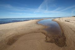 låg tide för kust Arkivfoto