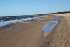 låg tide för kust Arkivbild