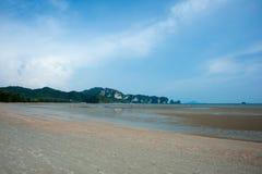 Låg tide på stranden för Ao Nang Royaltyfri Bild