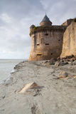 Lågvatten på abbotskloster av Mont Saint Michel, Frankrike Royaltyfri Fotografi
