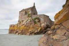Lågvatten på abbotskloster av Mont Saint Michel, Frankrike Arkivfoto