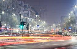 Lång exponering av biltrafik på natten Royaltyfri Foto