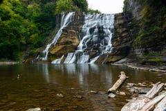 Lång exponering av Ithaca Falls, NY, USA Fotografering för Bildbyråer