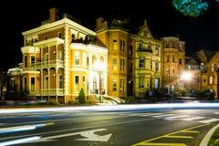 Lång exponering på natten av Logan Circle i i stadens centrum DC Royaltyfri Fotografi