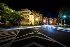 Lång exponering på natten av Logan Circle i i stadens centrum DC Fotografering för Bildbyråer