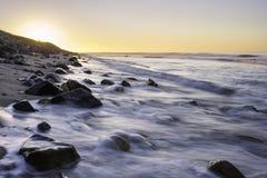 Lång exponering på soluppgång i Long Island, New York royaltyfria foton