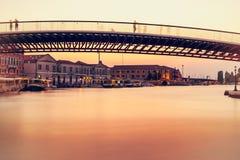 Lång exponeringsbro i venice Royaltyfria Foton