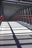 lång gå spolning för bro Royaltyfri Bild