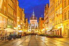 Lång gränd och Golden Gate, Gdansk gammal stad, Polen Arkivfoto