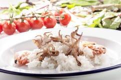 Lång kornrice med skaldjur Royaltyfria Bilder
