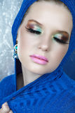 lång kvinna för blåa ögonfranser Royaltyfria Bilder