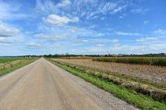 Lång landsväg arkivbilder
