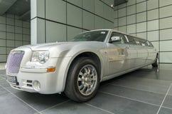 Lång lyxig bil Royaltyfri Foto