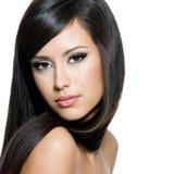 lång nätt kvinna för hår arkivfoto