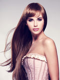 lång sexig kvinna för härligt hår Royaltyfri Fotografi