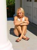 lång sitting för ladyben Royaltyfria Bilder