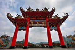 Långa Fong Temple Gate Royaltyfri Foto