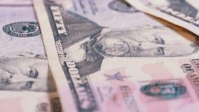 Långsamt rotera femtio dollar amerikanräkningar Bakgrund med pengar stock video