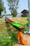 Långt fartyg för att springa på Surin Thailand Arkivbild