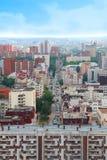 långt modernt uttryck för stad Arkivbild