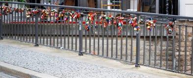 Lås på bron Fotografering för Bildbyråer