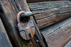 låst gammal padlock Royaltyfria Bilder