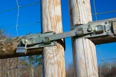 Låste trä utfärda utegångsförbud för utomhus- Royaltyfria Bilder
