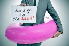 Låt oss gå till stranden Royaltyfria Foton