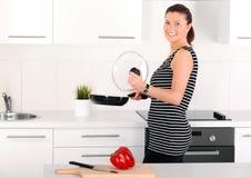 Låt oss laga mat något! Fotografering för Bildbyråer