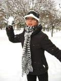 låt spelrum s kastar snöboll Arkivfoton