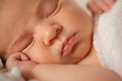 Lèvres nouveau-nées de bébé Images stock