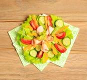 légume frais de tomate de salade de préparation de laitue de concombre Photo stock