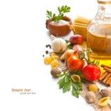 Légumes, épices et pâtes Image libre de droits