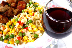 Légumes avec de la viande et le vin Photo libre de droits