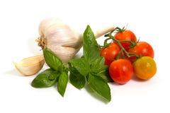 Légumes crus sur le blanc Photo stock
