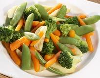 Légumes cuits à la vapeur photos libres de droits
