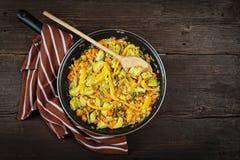 Légumes cuits, casserole de légumes, nourriture végétarienne, vue supérieure images libres de droits