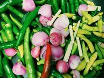 Légumes dans des morceaux pour la cuisson Images libres de droits