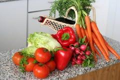 Légumes dans la cuisine Photographie stock libre de droits