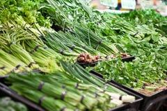 Légumes dans le supermarché photographie stock libre de droits