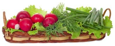 Légumes dans un panier plat Images libres de droits