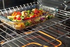 Légumes de torréfaction Photos stock