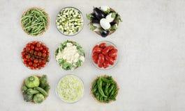 Légumes de vue supérieure de nourriture sur le plan de travail de marbre de cuisine, Web Photos libres de droits