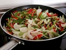 Légumes divers de friture à la poêle Photo stock