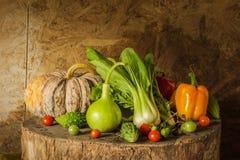 Légumes et fruits toujours de la vie. Images libres de droits