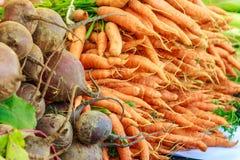 Légumes frais au marché local Photo libre de droits