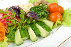 Légumes frais de coupure en salade Photo stock